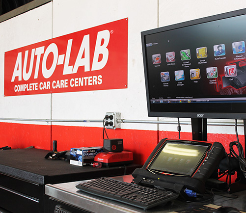 Car Computer ECM Repair / Replacement in Lansing | Auto-Lab - services--computer-content-autolab-01